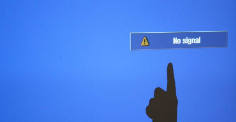 GPS Tracker Anda Sering Hilang Sinyal?